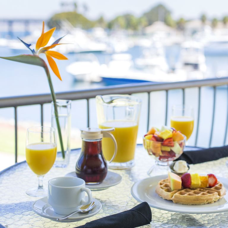 Bay and Breakfast Package